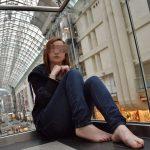 Alexandra, jolie rousse cherche un fétichiste des pieds, à Bruxelles