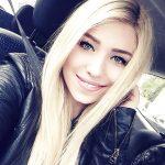 Bérénice, belle blonde d'Aix-en-Provence, cherche flirts sans lendemain