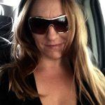 Caroline, femme divorcée, de Dunkerque, cherche un p'tit coup vite fait