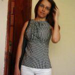 Claudine, femme divorcée de Quimper, cherche relation légère