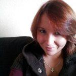 Corinne, rousse coquine d'Argenteuil, veut flirter