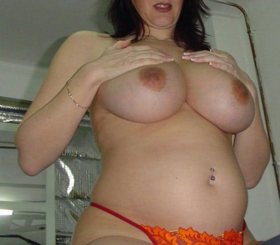 Irène, cougar à gros seins d'Annecy
