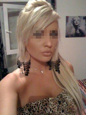 Lola Bimbo blonde de Rouen