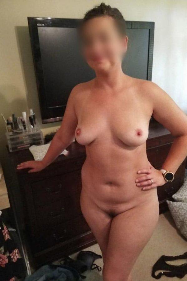 Maman en manque de sexe adultère Tours