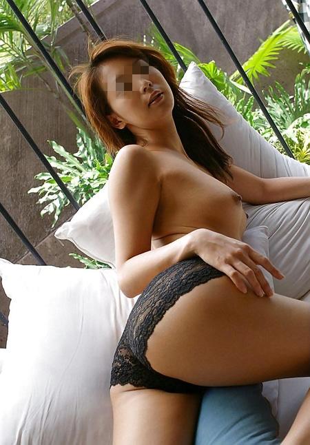 Mei Li asiatique chaude de Cannes