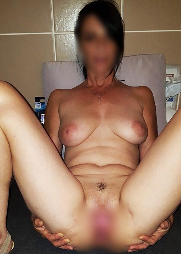 Des rencontres BDSM et du sexe hard pour se faire mal et jouir entre adultes consentants !