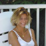 Perrine, femme mure blonde, de Fort-de-France, cherche jeune amant
