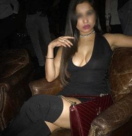 Nadia de Nice cherche une rencontre de sexe